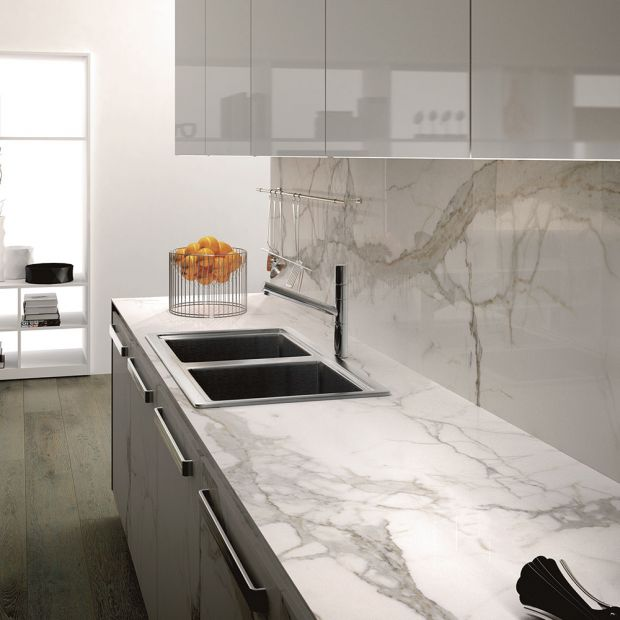 slab-maxfinemarmi_iri-008-784-contemporary-white_offwhite_inspiration.jpg