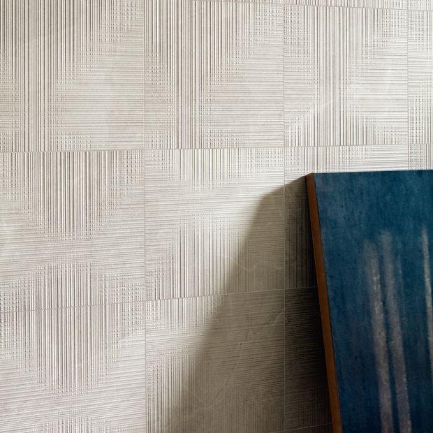 tile-eureka_pro-006-98-contemporary-white_offwhite.jpg