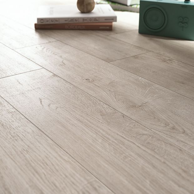 tile-woodpassion_rag-012-397-contemporary-white_offwhite_beige_inspiration.jpg