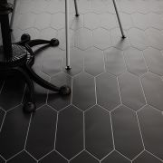 tile-kite_equ-003-111-contemporary-black_inspiration.jpg