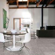 tile-tinia_cic-001-725-transitional-white_offwhite_black_inspiration.jpg